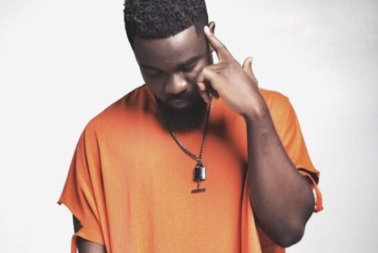 Our politicians have failed us – Sarkodie